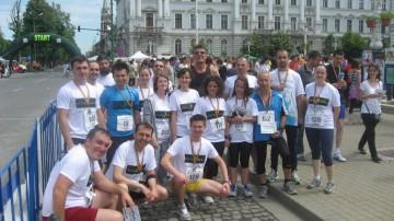 Alergotura-a-castigat-la-semi-maraton-Arad-2012-locul-1-pentru-echipa-cu-cei-mai-multi-km-alergati-1
